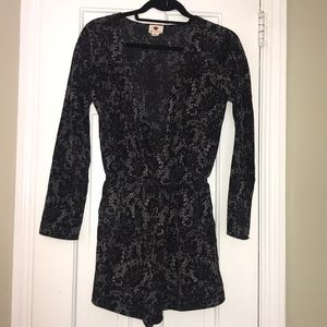 Black and gray long sleeve romper